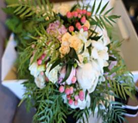 Bouquet stile boho o destrutturato